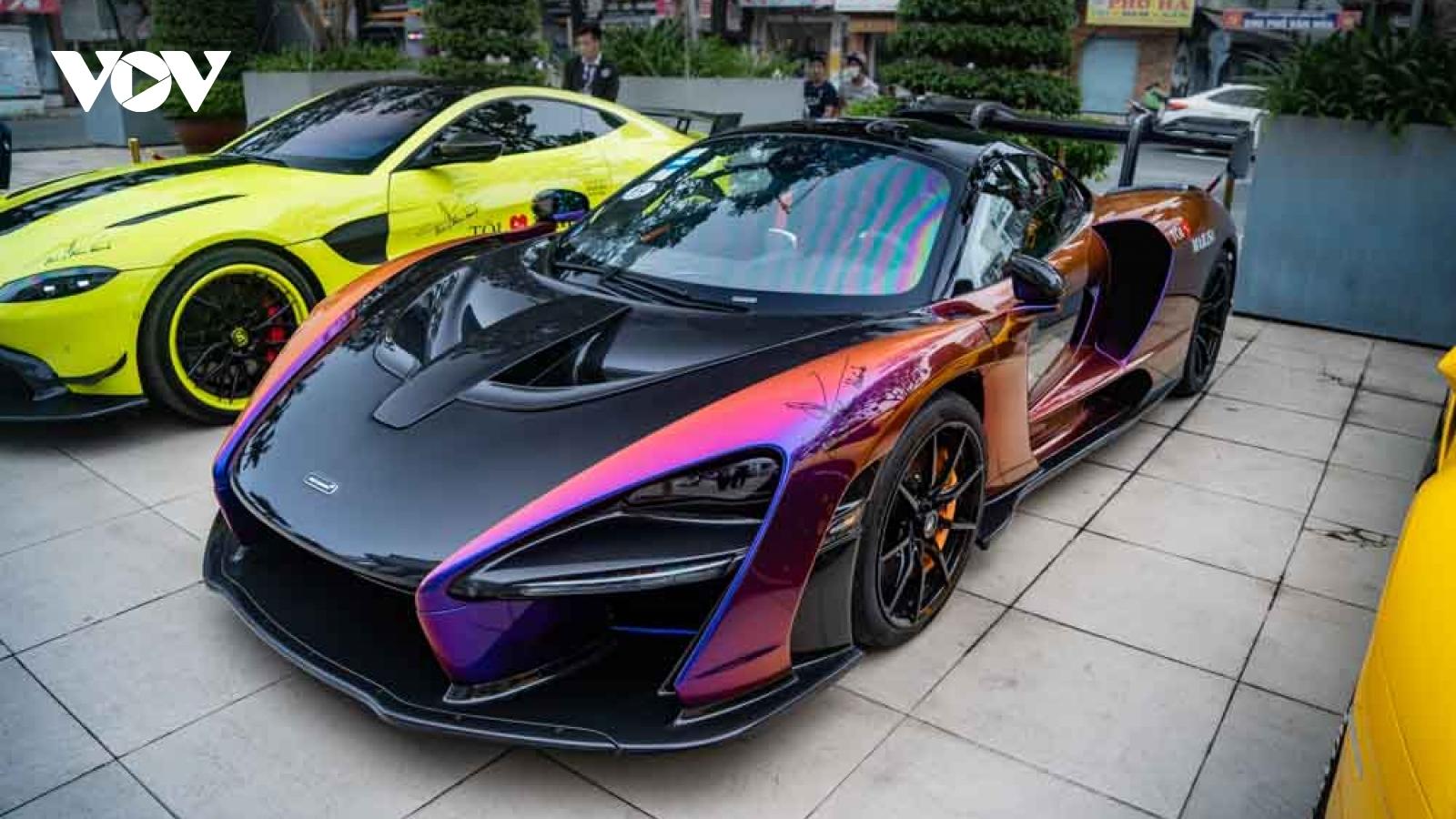 """McLaren Senna """"độc nhất"""" Việt Nam xuất hiện ấn tượng trên phố"""