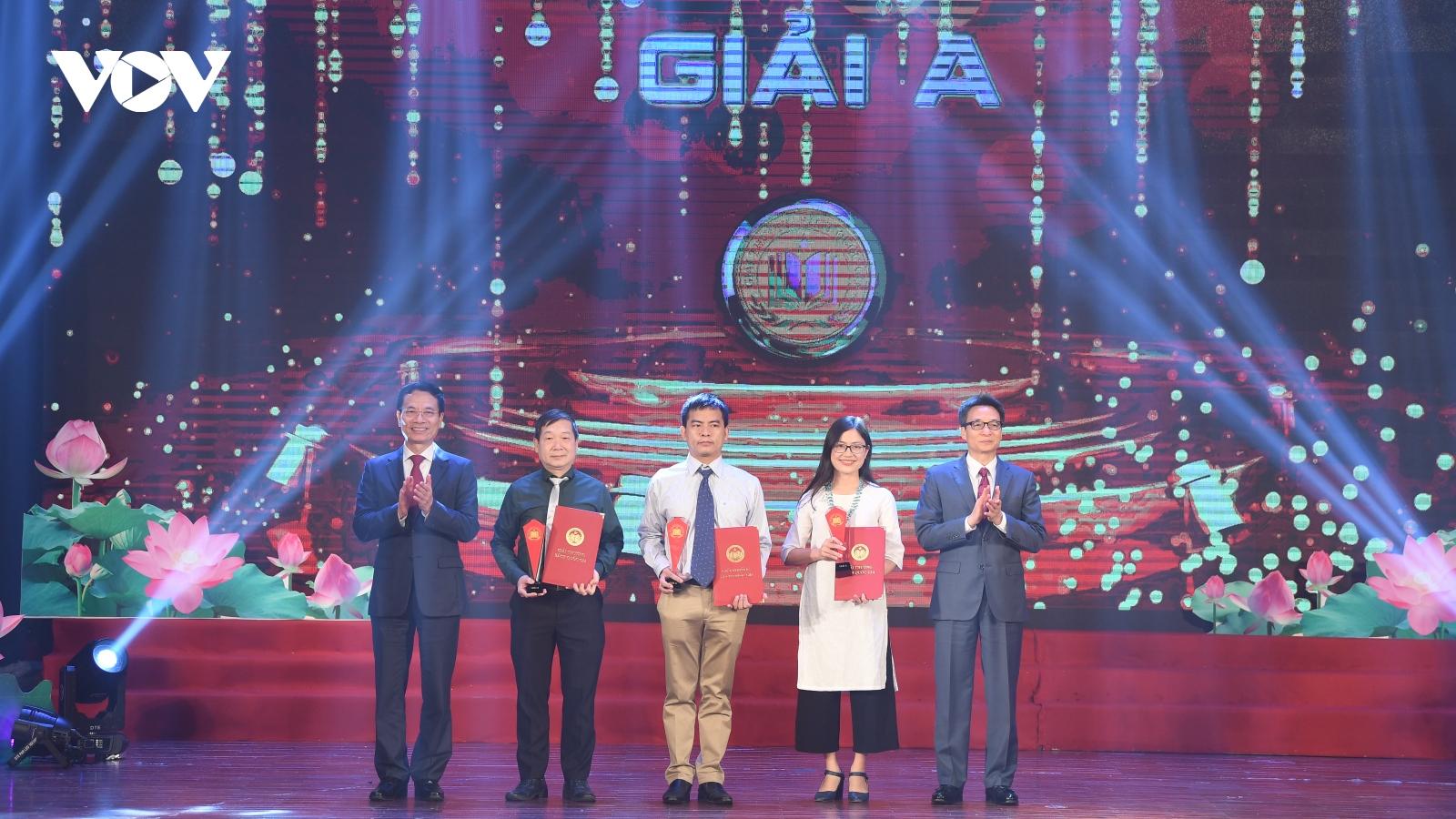 Toàn cảnh lễ trao giải thưởng Sách Quốc gia lần thứ ba - 2020