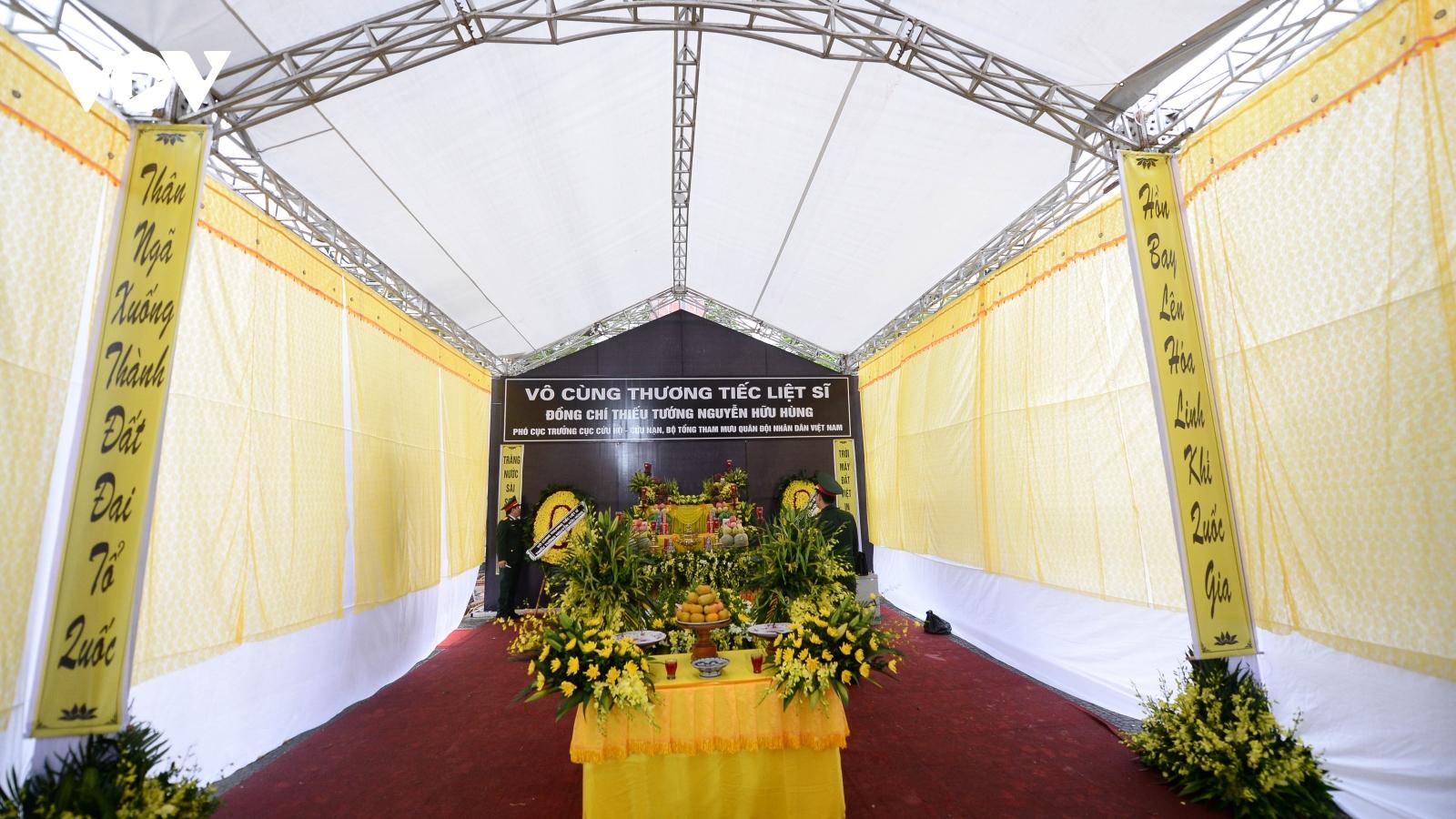 Quê nhà trước giờ đón Thiếu tướng Nguyễn Hữu Hùng về nơi an nghỉ cuối cùng
