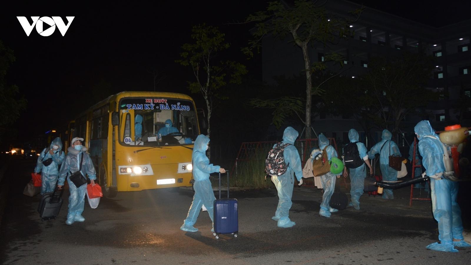Quảng Nam tiếp nhận, cách ly y tế 307 công dân trở về từ Nhật Bản
