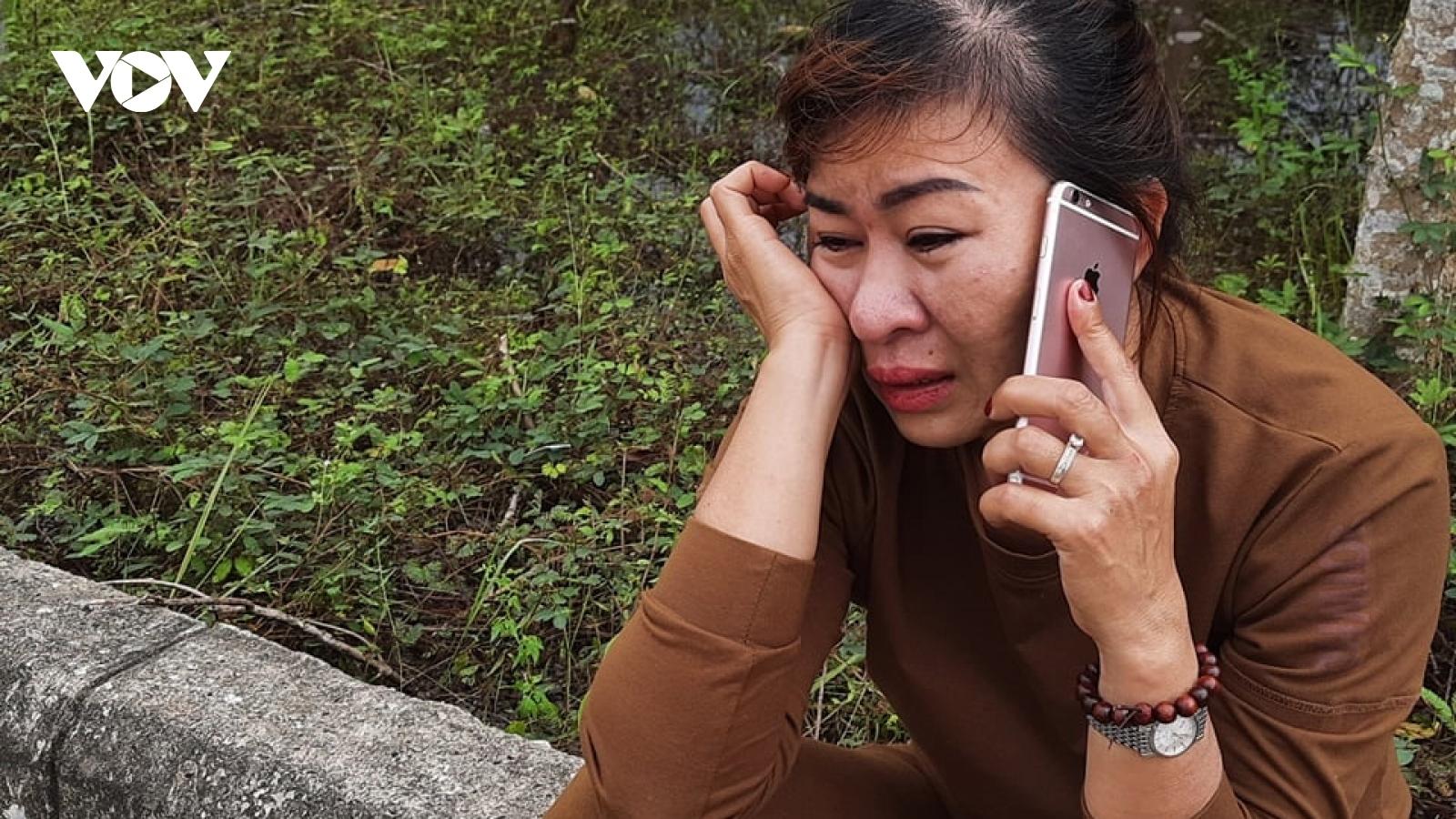 Người thân của công nhân mất tích ở Thủy điện Rào Trăng 3 ngóng đợi tin