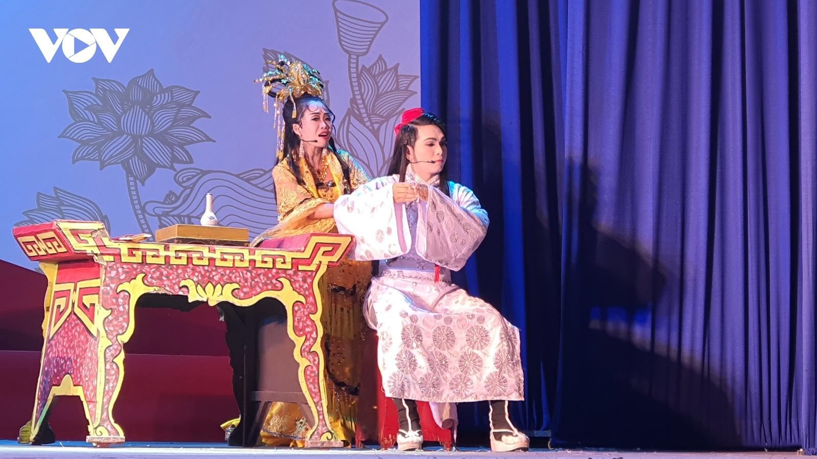 Kết thúc vòng sơ tuyển Cuộc thi Tài năng Diễn viên sân khấu Cải lương Trần Hữu Trang
