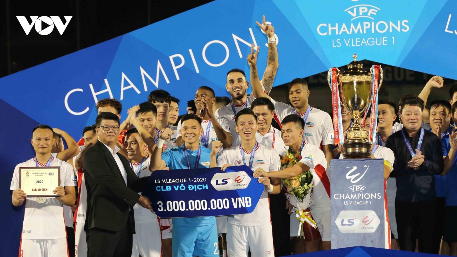 Ảnh: Dàn sao của Viettel nâng cao chức vô địch V-League 2020