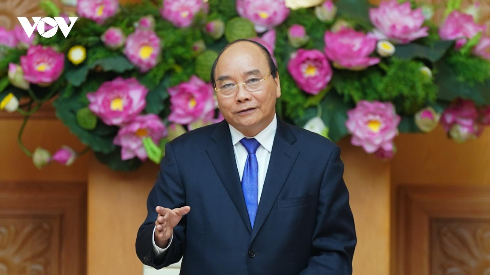 Thủ tướng Nguyễn Xuân Phúc tiếp đoàn các doanh nghiệp có sản phẩm đạt thương hiệu quốc gia