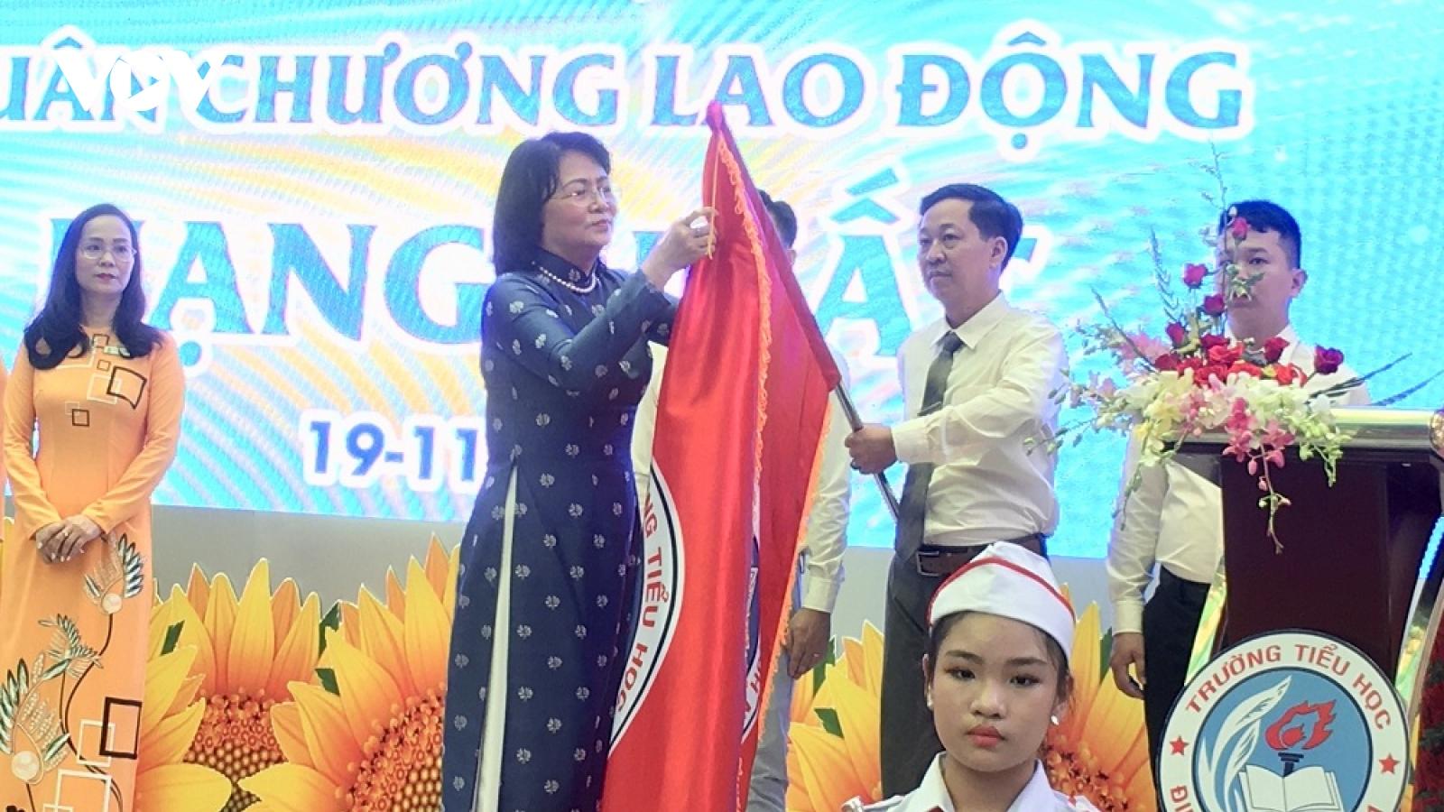 Phó Chủ tịch nước Đặng Thị Ngọc Thịnh dự lễ kỷ niệm Ngày Nhà giáo Việt Nam tại TP.HCM