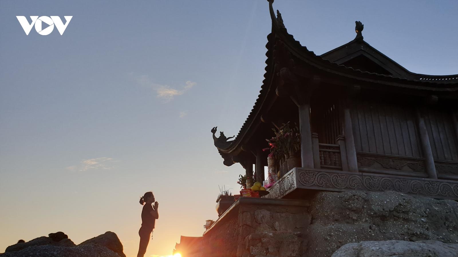 """""""Yên Tử - Về miền đất Phật mùa thu, tưởng nhớ Phật hoàng Trần Nhân Tông"""""""
