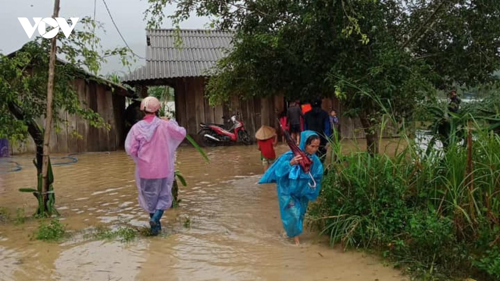 Những hình ảnh từ tâm điểm ngập lụt Krông Pách thượng