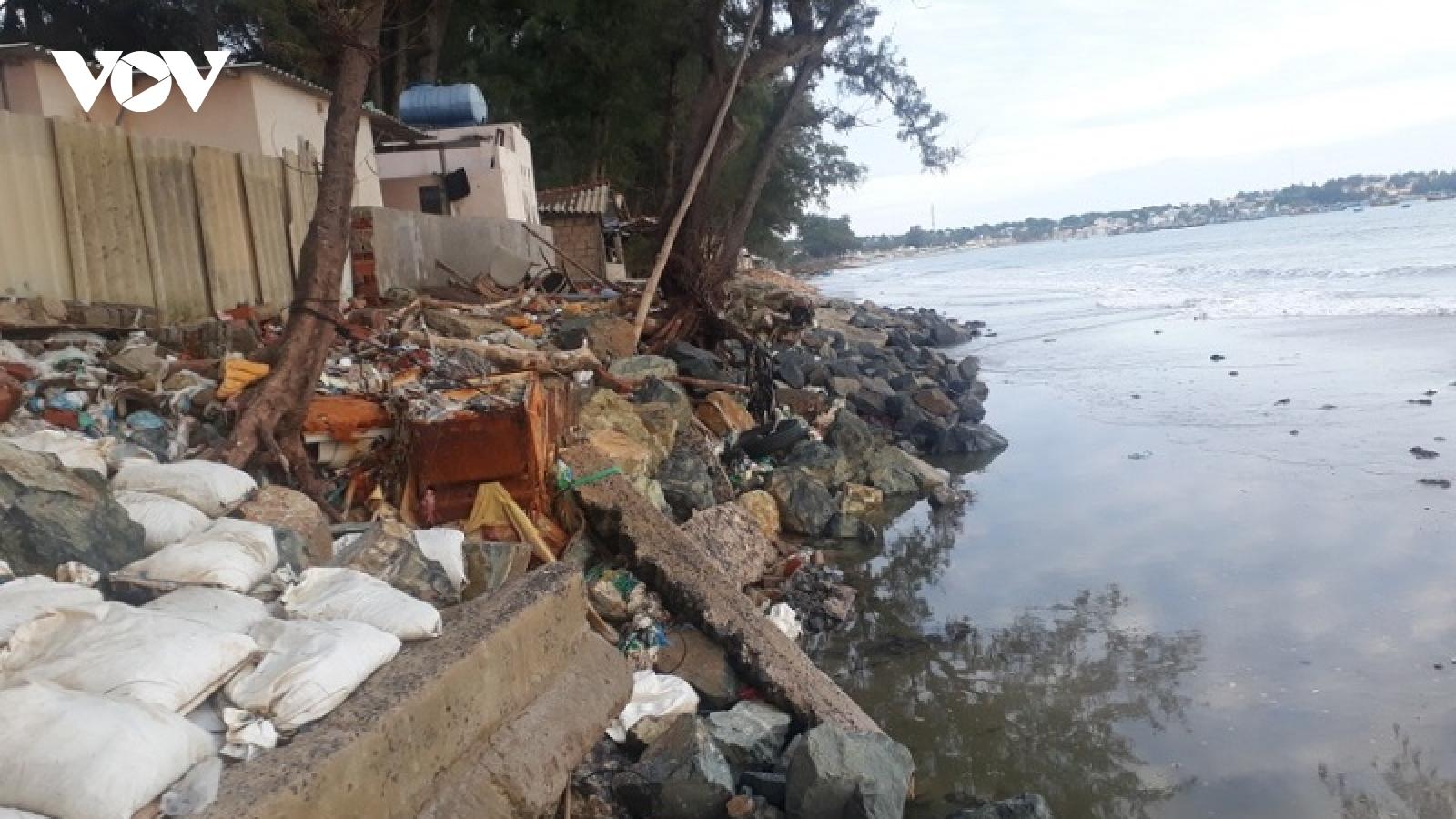 Biển xâm thực ảnh hưởng tới đời sống người dân ven biển Bình Thuận
