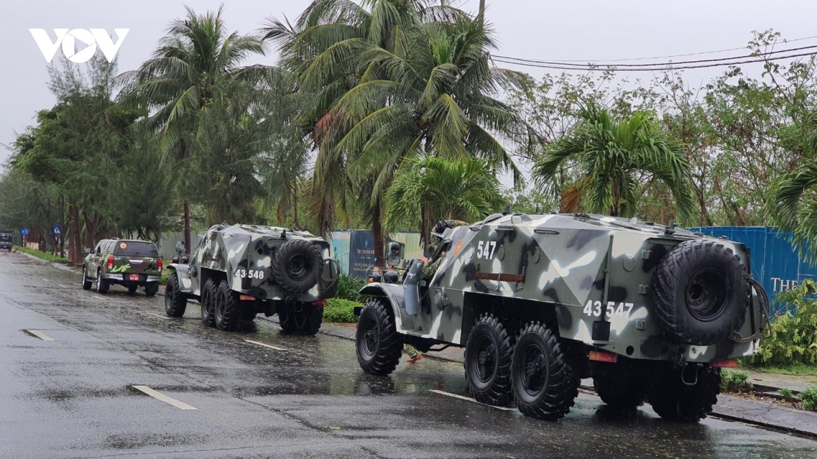 Đà Nẵng khẩn trương khắc phục thiệt hại sau bão số 13