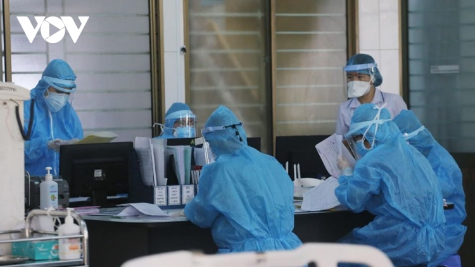 Ngày 30/11, Việt Nam có thêm 3 ca nhập cảnh mắc Covid-19