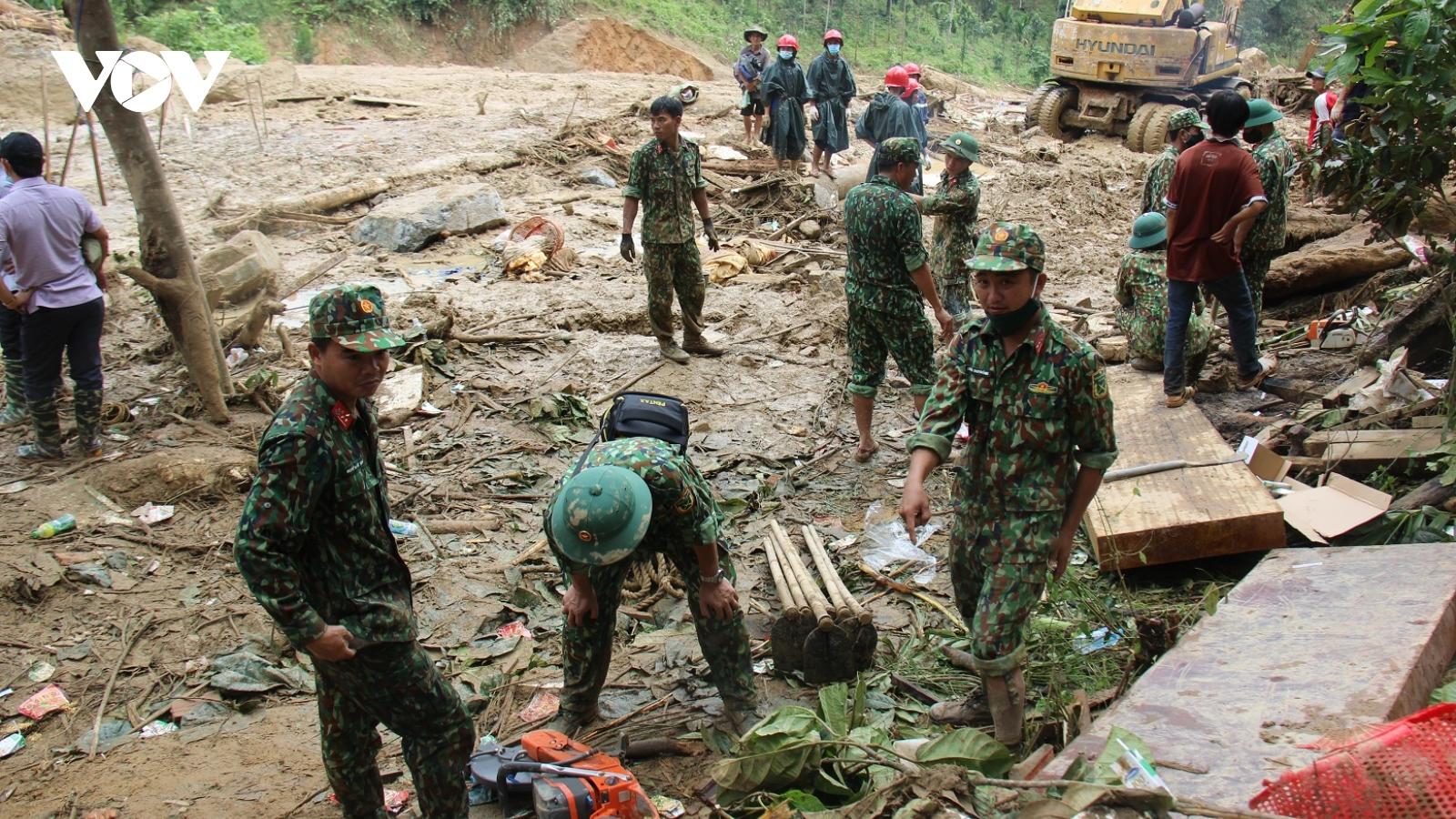 Bộ đội sẽ dựng nhà tạm cho người dân Trà Leng