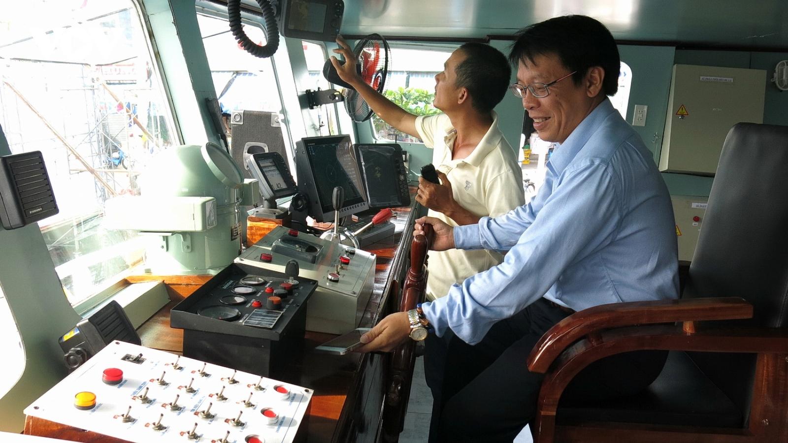 Thực hiện quy định chức danh tàu cá theo Thông tư 22: Ngư dân gặp nhiều khó khăn