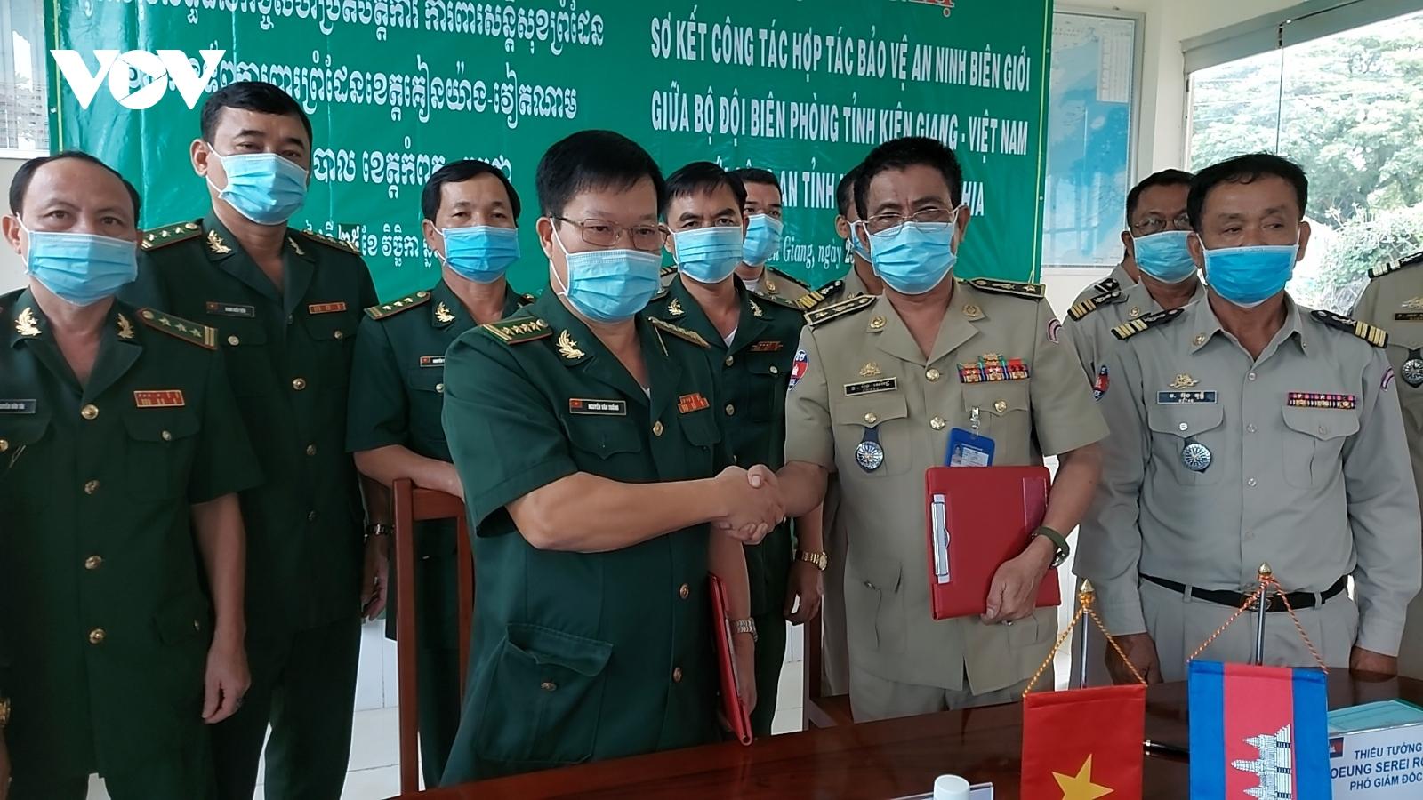 Việt Nam và Campuchiaphối hợp phòng COVID-19 trên biên giới