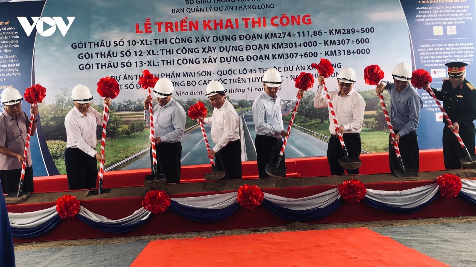 Đồng loạt khởi công 3 gói thầu cao tốc Bắc - Nam đoạn Mai Sơn - QL 45