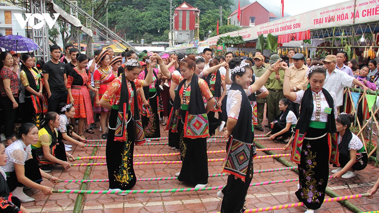 Mộc Châu phát huy thế mạnh từ du lịch cộng đồng