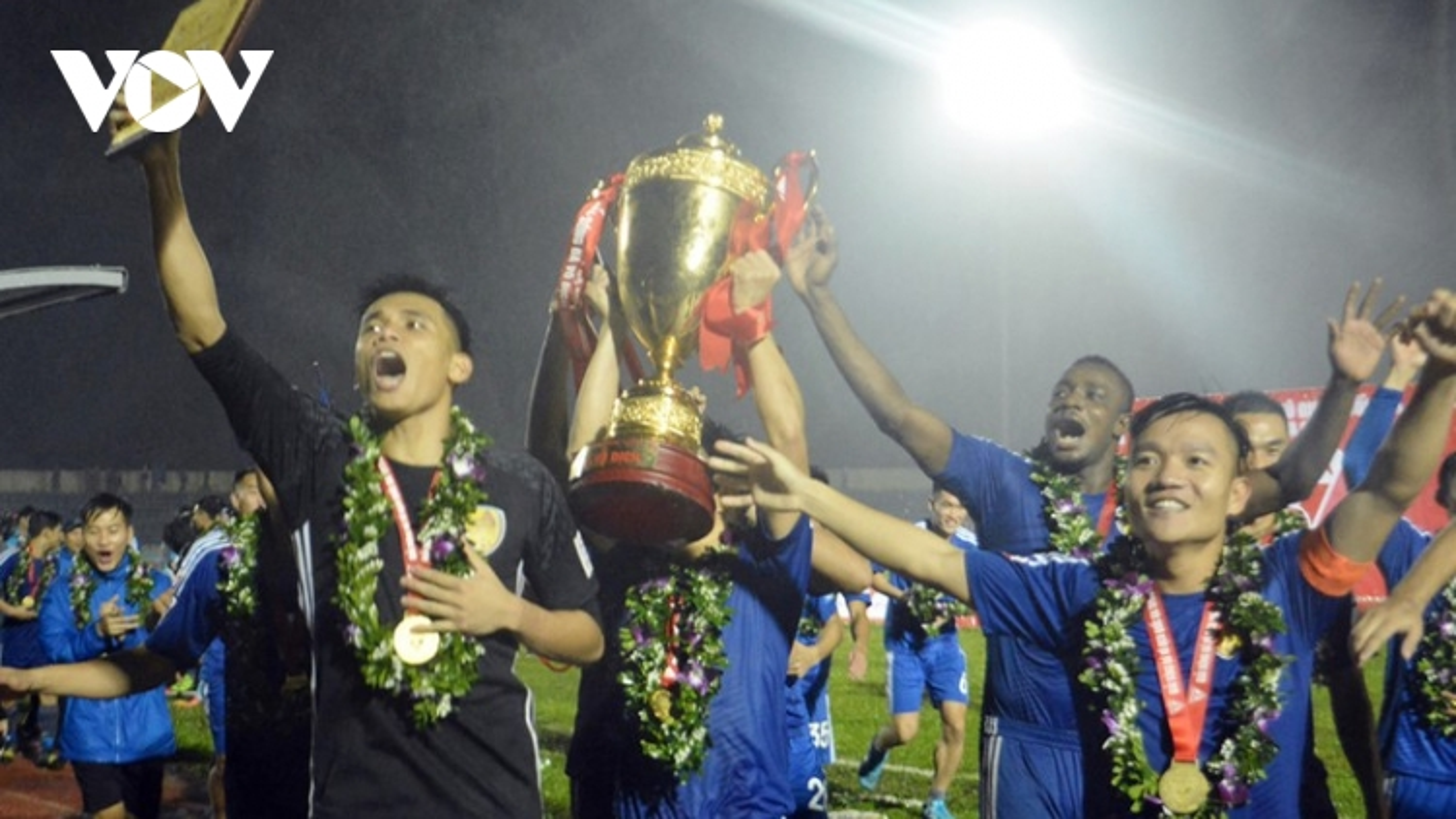 Ngày này năm xưa: Quảng Nam đăng quang ngôi vô địch V-League
