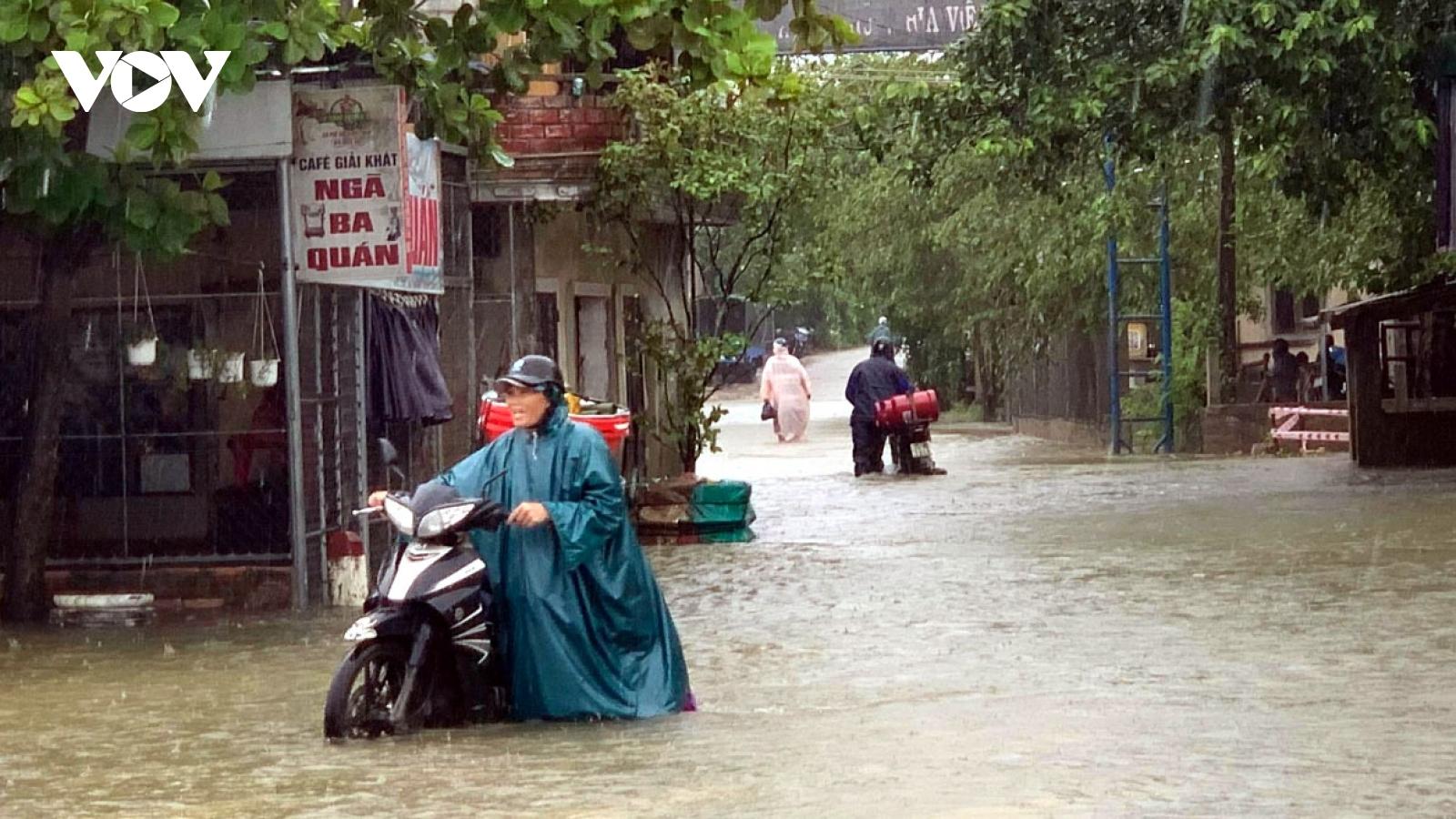 Dự báo thời tiết hôm nay: Các tỉnh miền Trung có mưa to đến rất to