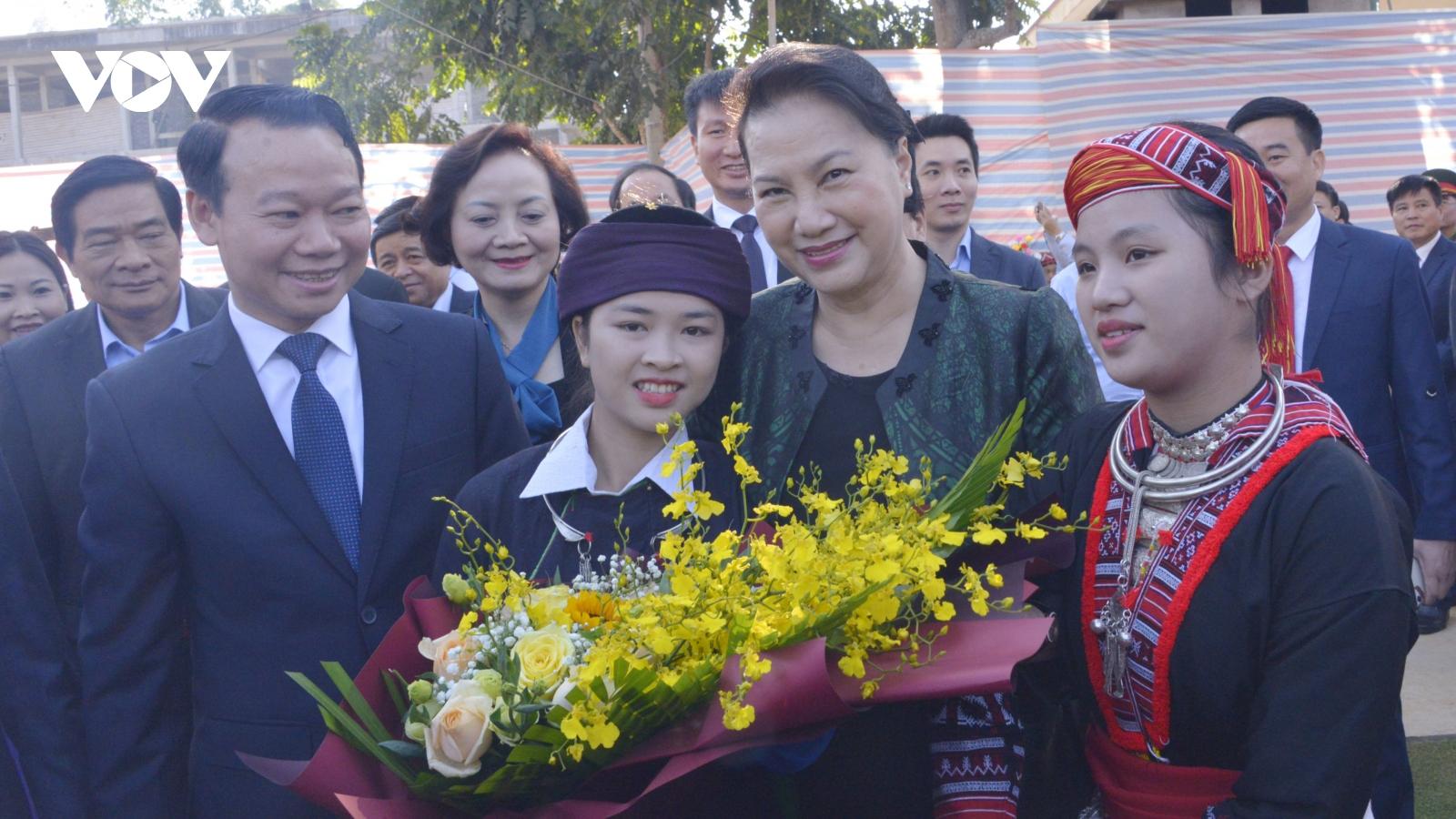 Chủ tịch Quốc hội dự Ngày hội Đại đoàn kết dân tộc tại Yên Bái