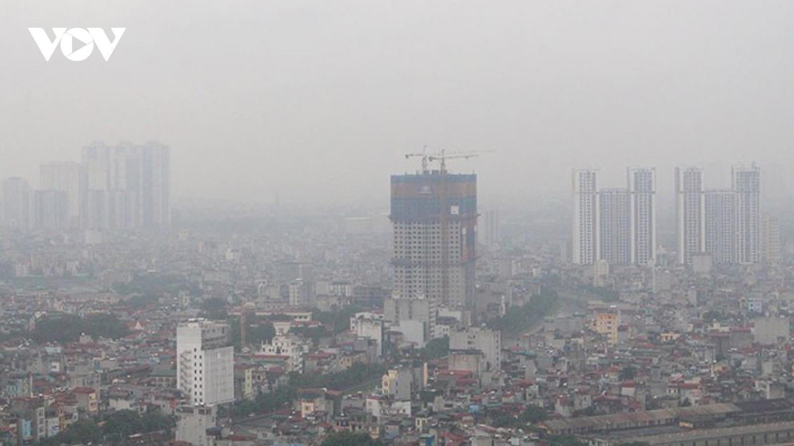 Hà Nội ô nhiễm khi đón đợt rét đầu tiên của mùa đông