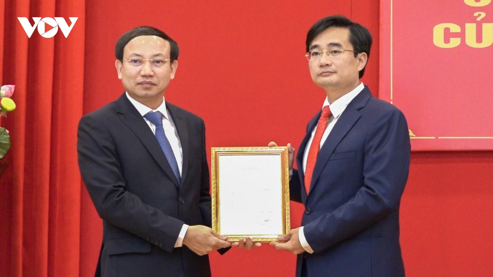 Quảng Ninh phân công, điều động nhiều cán bộ chủ chốt