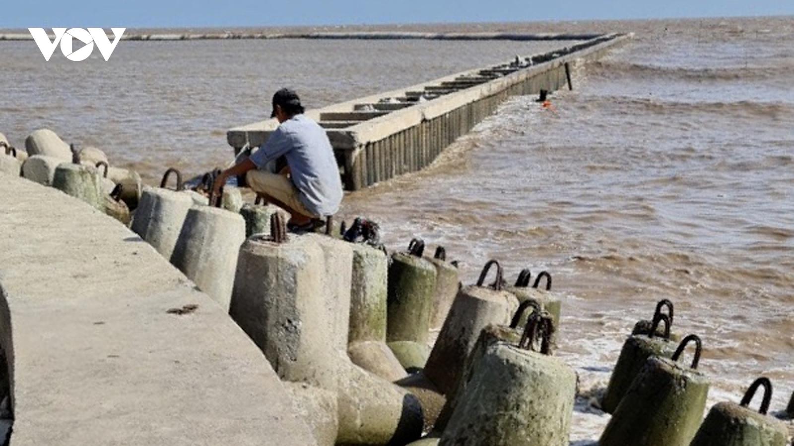 Hoàn thành việc sữa chữa đoạn sau thân kè đê biển Nhà Mát bị sụt lún