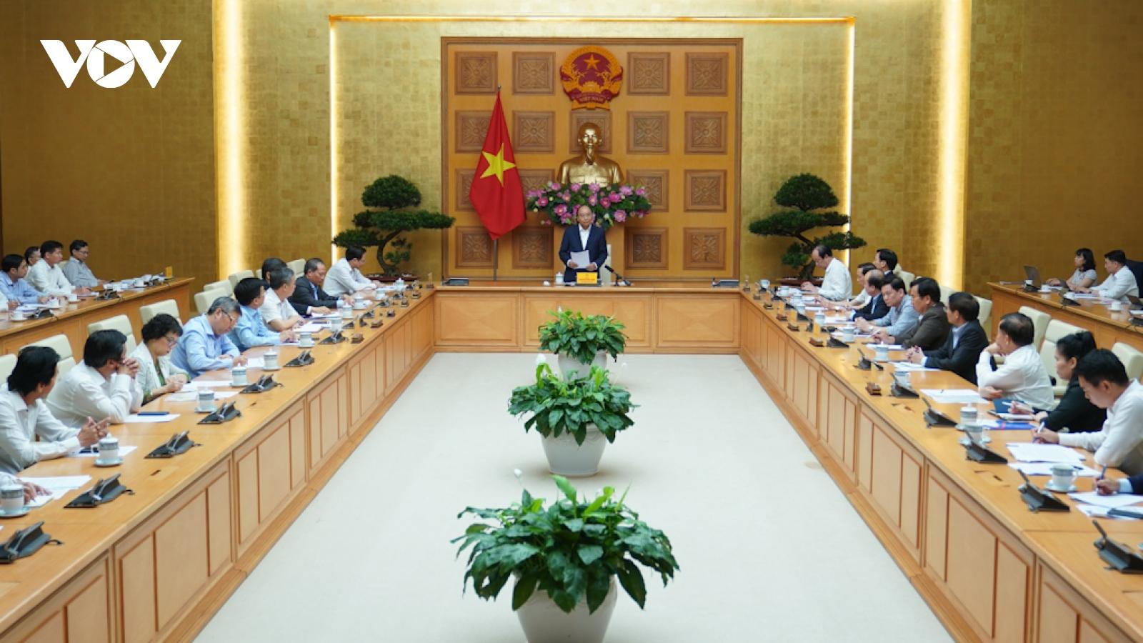 Thủ tướng đề nghị doanh nghiệp dệt may tận dụng cơ hội từ các FTA