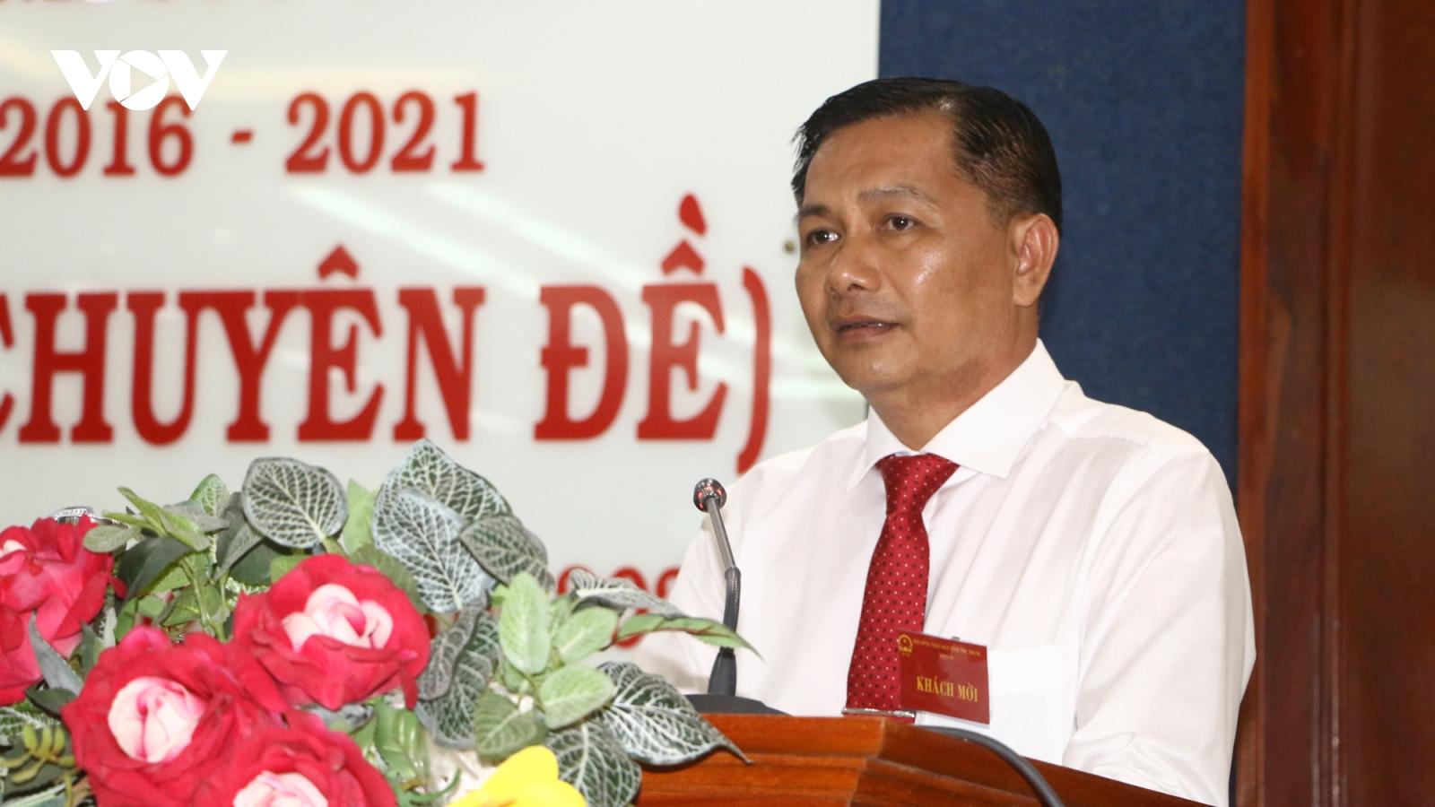 Đại tá Trần Văn Lâu được bầu giữ chức Chủ tịchtỉnh Sóc Trăng