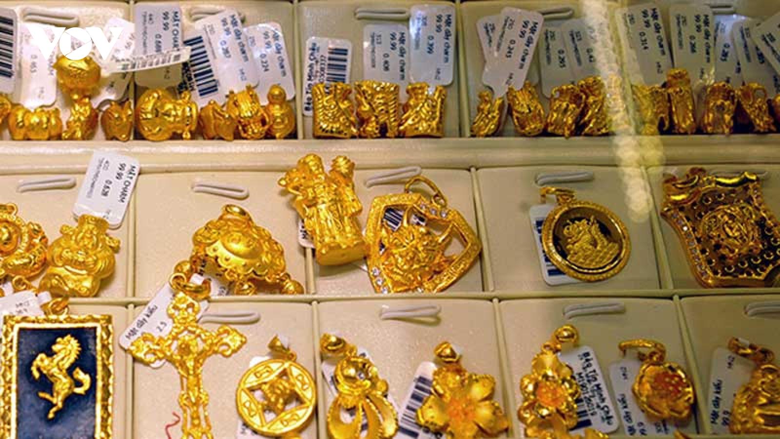 Giá vàng đầu tuần đồng loạt tăng