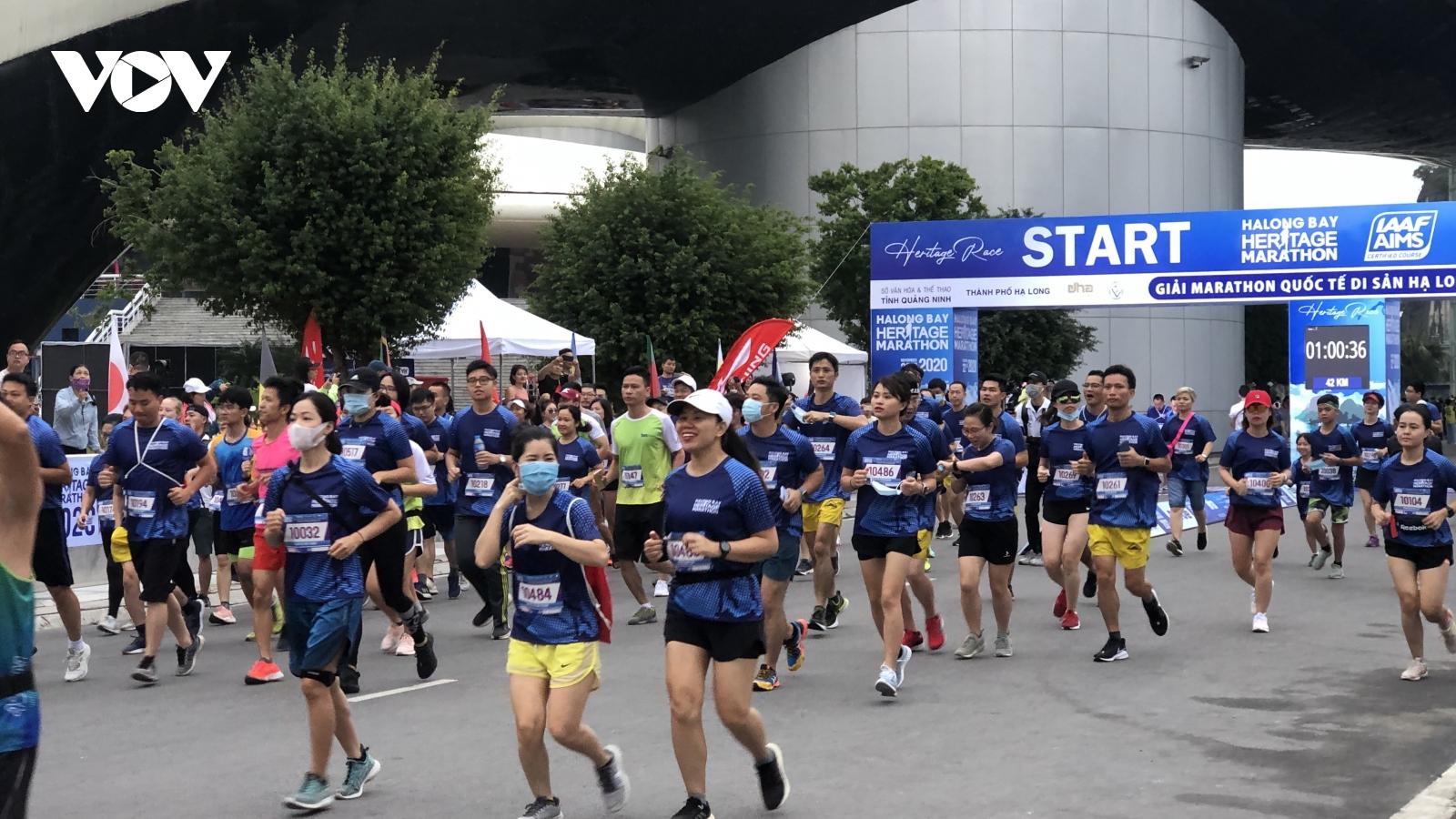 Giải marathon Quốc tế Di sản Hạ Long 2020 thành công tốt đẹp