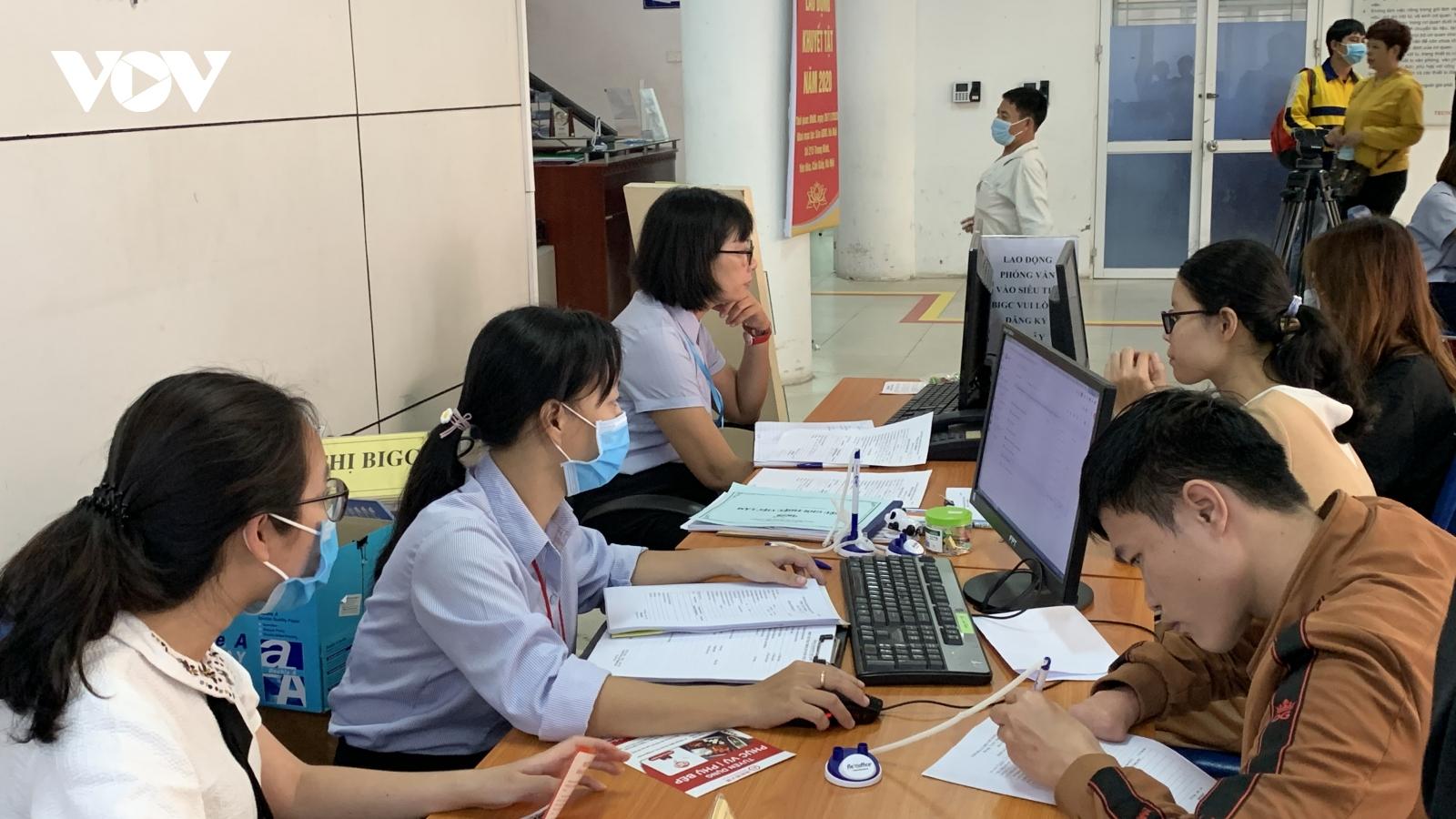 Nhiều vị trí việc làm dành cho người lao động khuyết tật