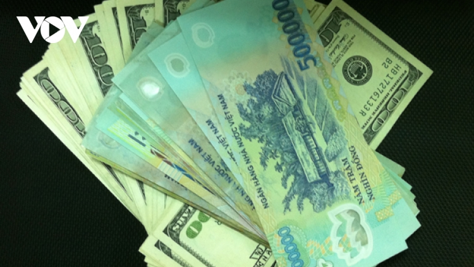 Tỷ giá trung tâm liên tiếp giảm, hiện còn 23.164 VND/USD