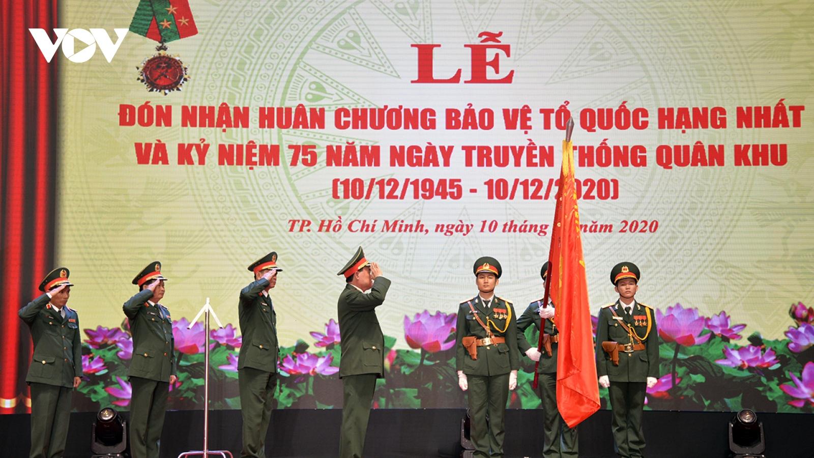 Quân khu 7 đón nhận Huân chương Bảo vệ Tổ quốc hạng Nhất