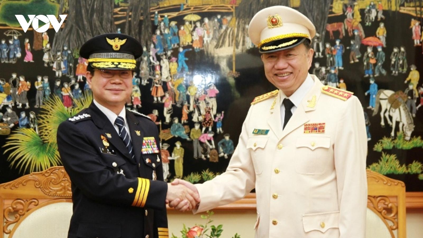 Bộ trưởng Tô Lâm tiếp Tư lệnh Cảnh sát quốc gia Hàn Quốc