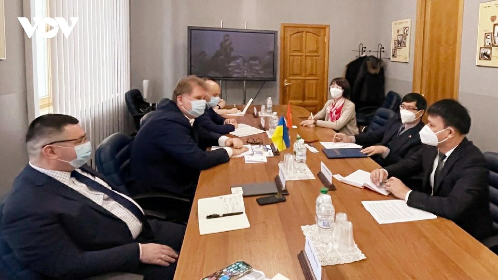 Tăng thương mại hai chiều Việt Nam - Ukraine lên mức 1 tỉ USD trong 3 năm tới