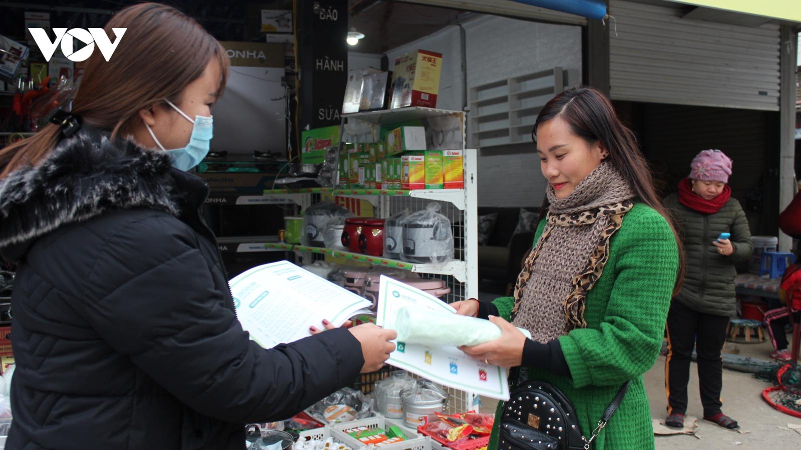 Thanh niên Sơn La  hưởng ứng mô hình chợ dân sinh giảm thiểu rác thải nhựa