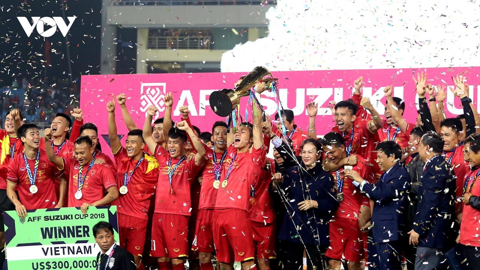 Ngày này năm xưa: ĐT Việt Nam vô địch AFF Cup sau trận thắng thuyết phục
