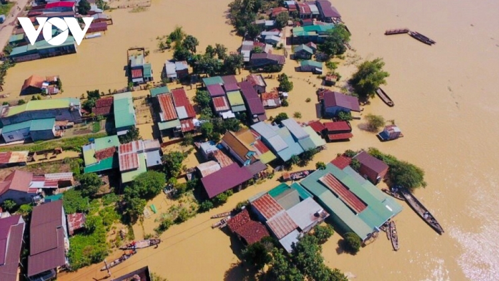 Dak Lak, Dak Nong provinces endure serious flooding despite halt in rain