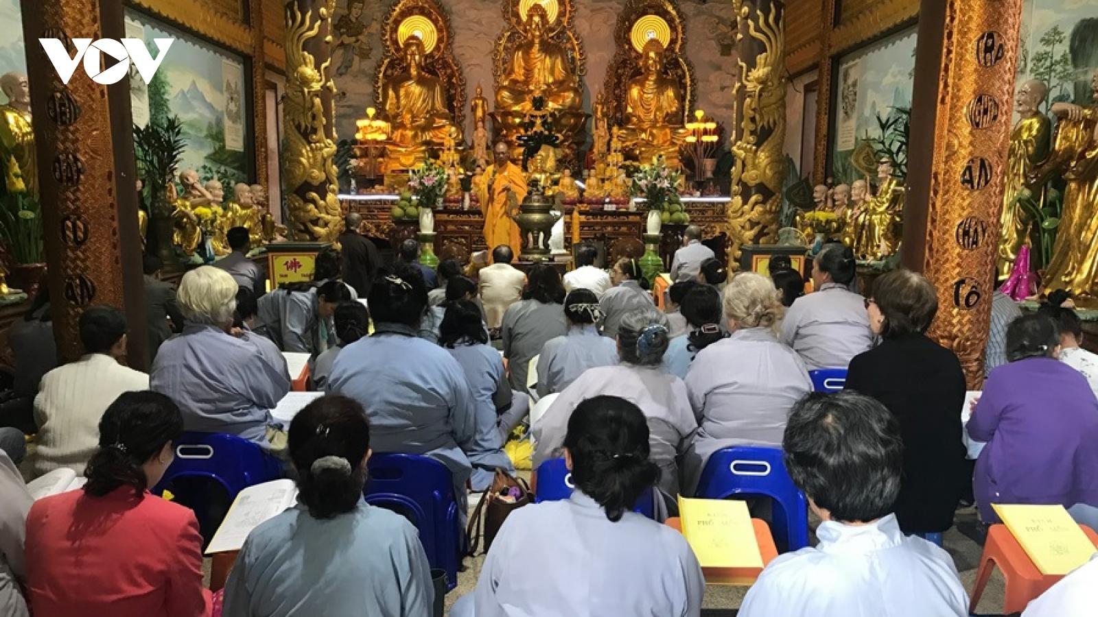 Chùa Phật Tích Vientiane (Lào) tổ chức lễ cầu quốc thái dân an