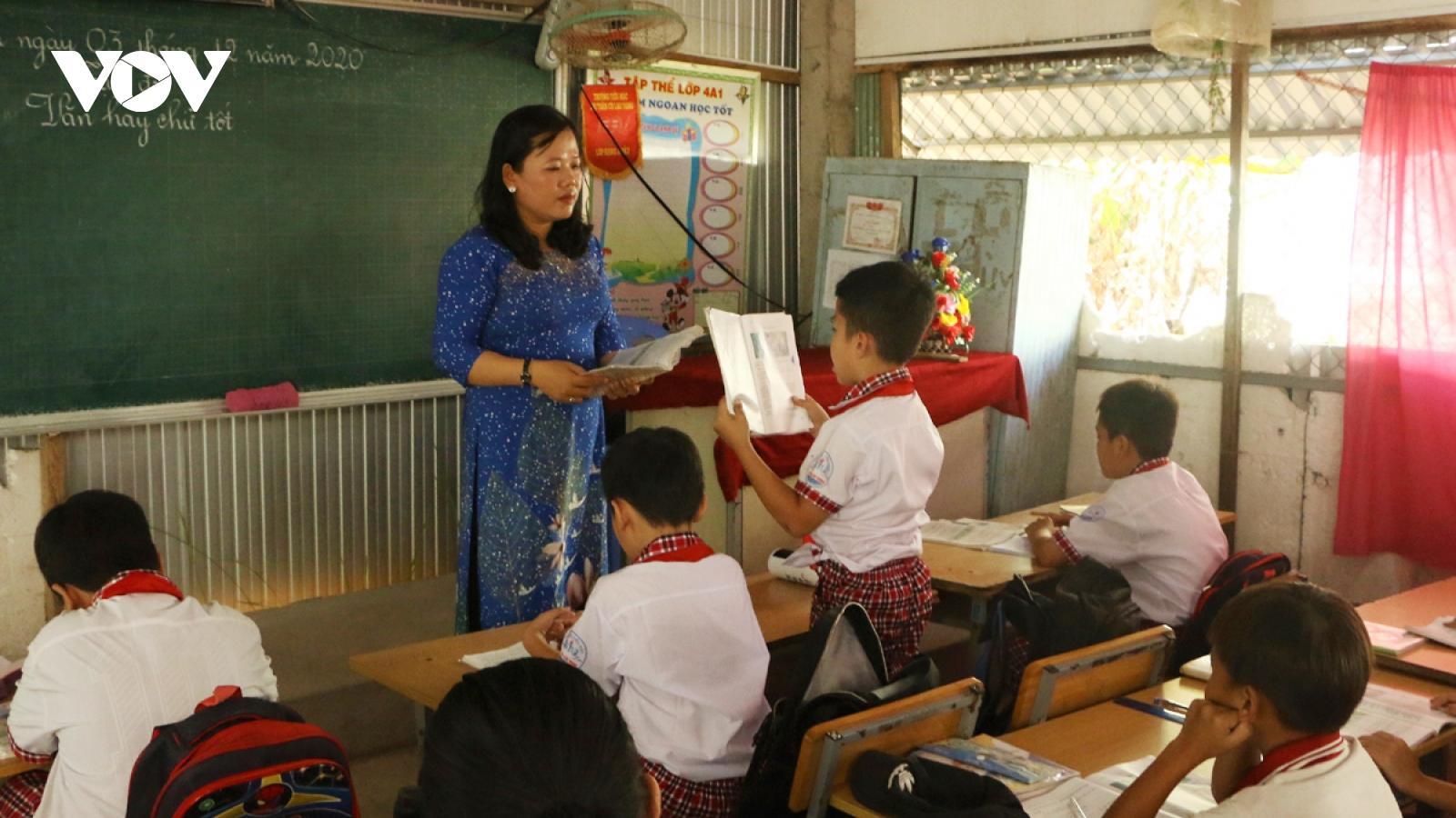 Cô giáo vùng cù lao và tình yêu thương con trẻ