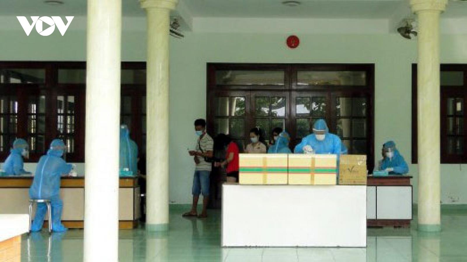Tiền Giang cách ly khẩn cấp 1 trường hợptiếp xúc với BN1347