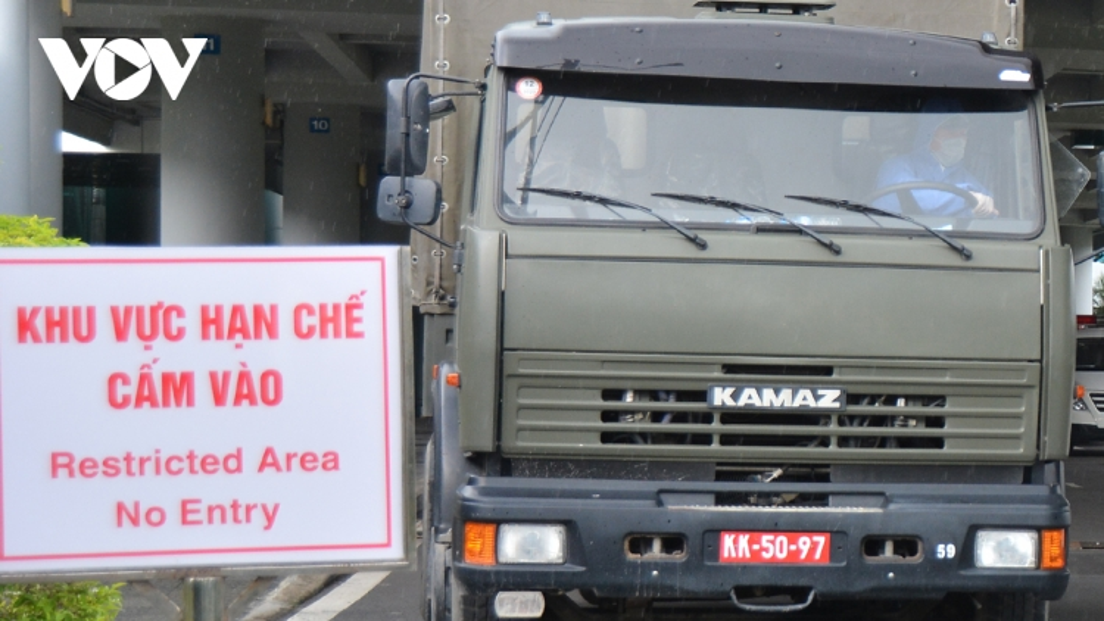 Đưa 240 công dân Việt Nam về nước cách ly tại Tiền Giang