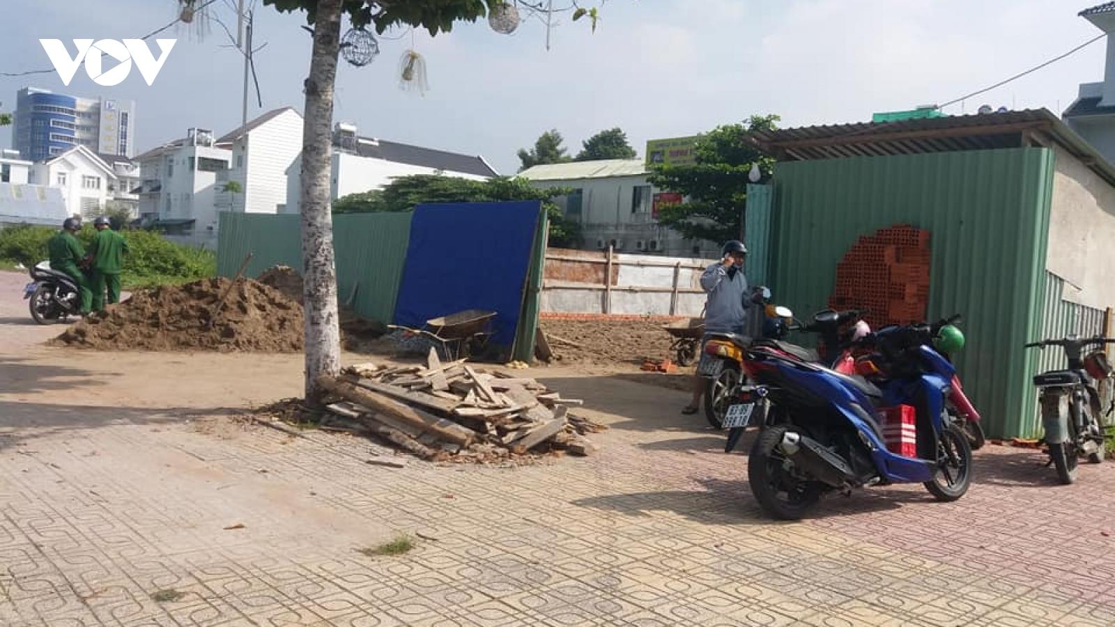 Vì sao chưa cưỡng chế tháo dỡ các công trình không phép ở Tiền Giang?