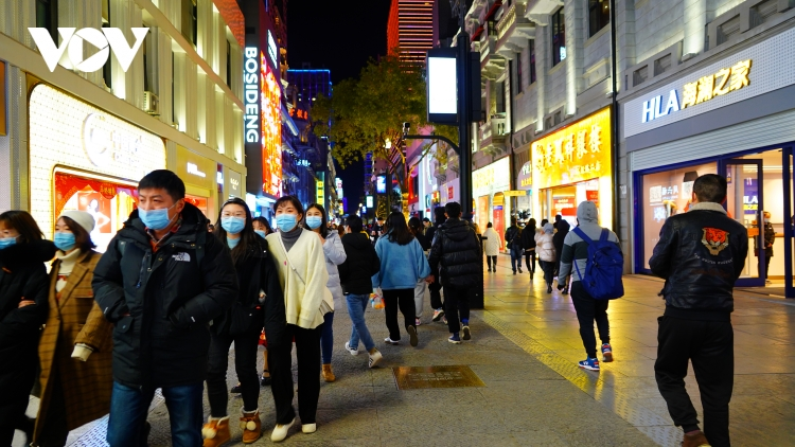 Vũ Hán gửi lời chúc thế giới bình an trong năm mới 2021