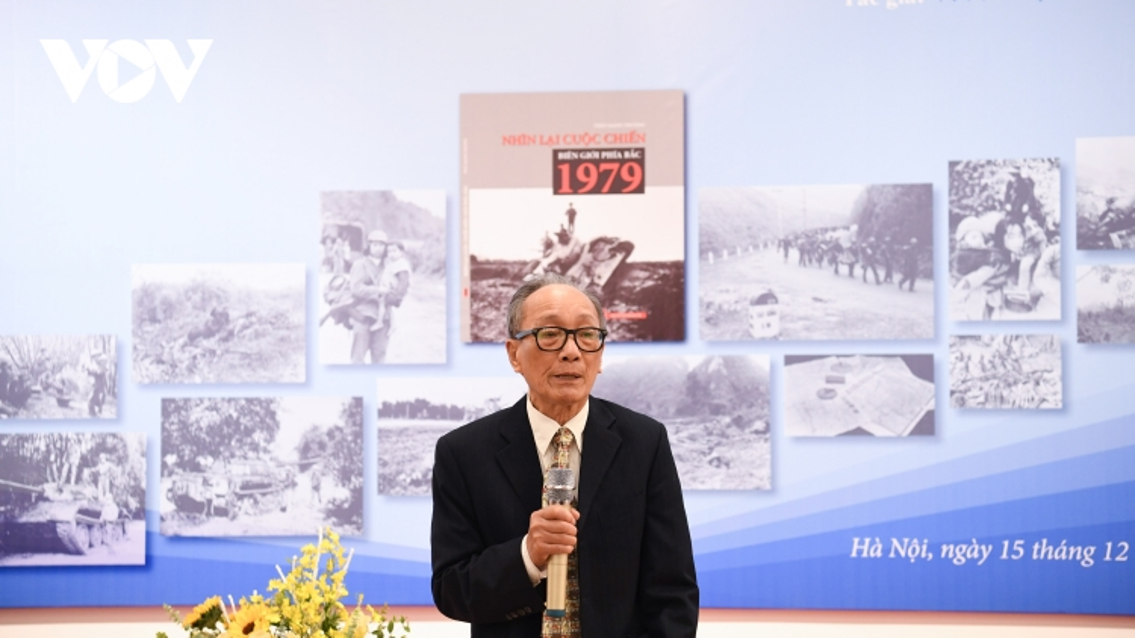 Ra mắt sách ảnh của phóng viên chiến trường Trần Mạnh Thường