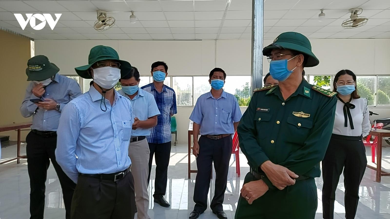 Kiên Giang kiểm tra công tác phòng chống dịch tuyến biên giới