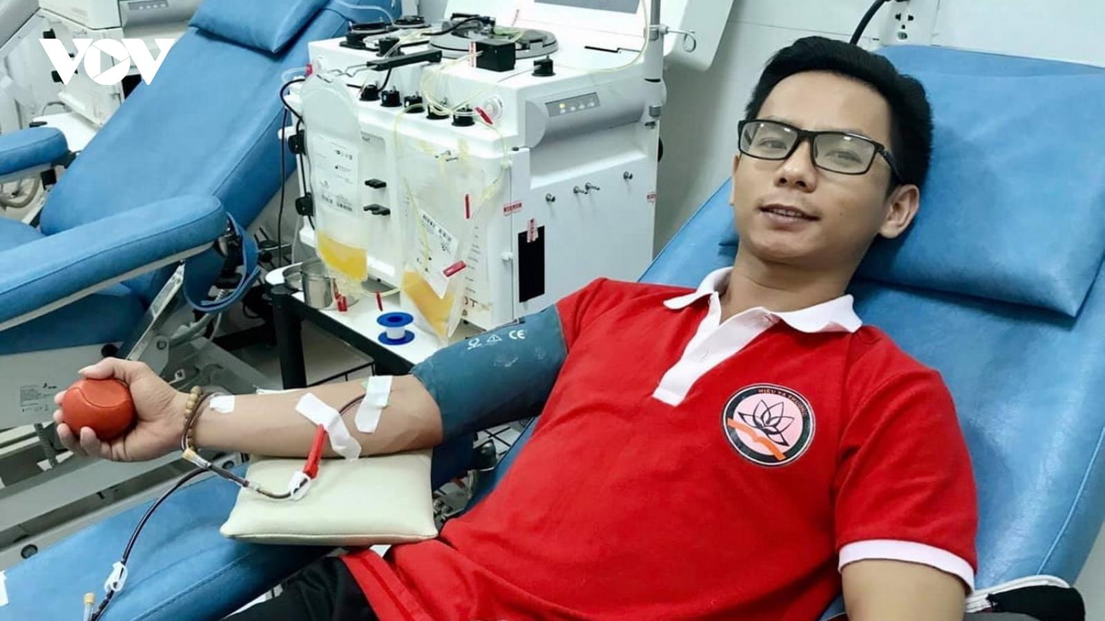 Những giọt máu hồng cứu sống hàng trăm bệnh nhân