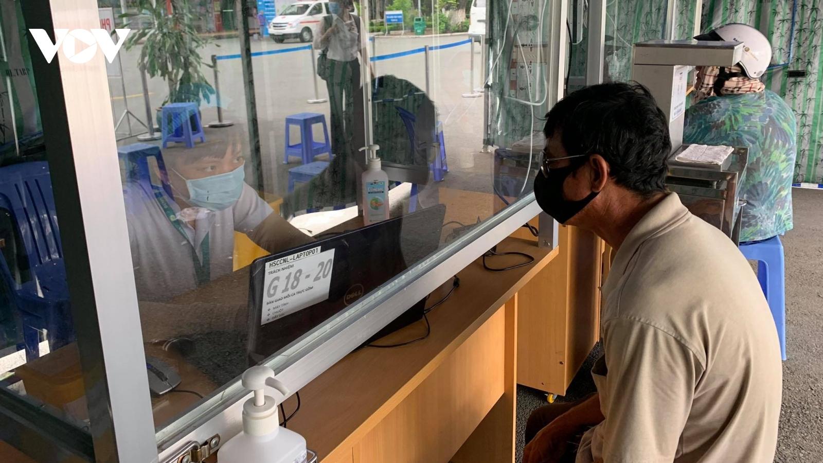 Sở Y tế TPHCM họp khẩn với 129 bệnh viện sau ca nhiễm Covid-19 mới
