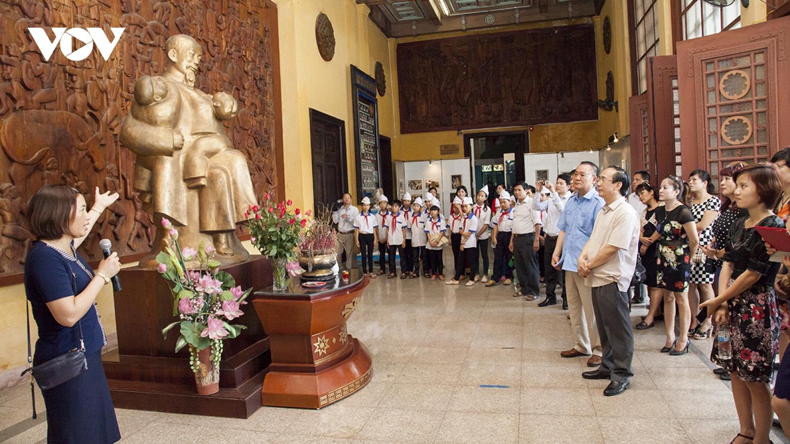 """Thái Nguyên đăng cai chương trình du lịch """"Qua những miền di sản Việt Bắc"""""""