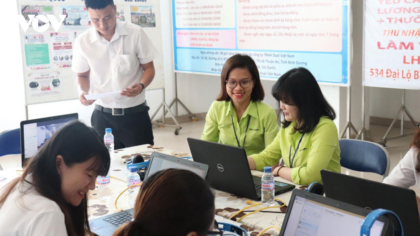 Thị trường lao động vùng Đông Nam Bộ kỳ vọng khởi sắc trong năm 2021
