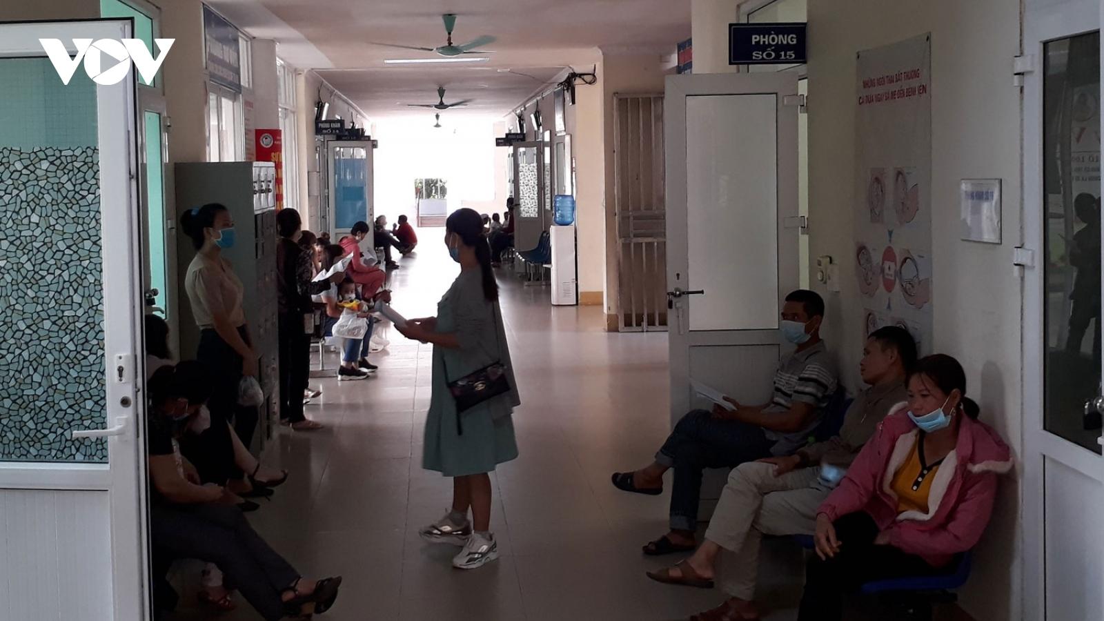 Cứu sống bệnh nhân ởYên Bái vỡ thai ngoài tử cung mất hơn 3 lít máu